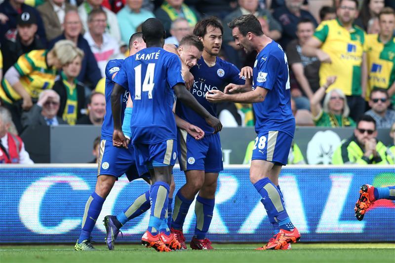 Leicester City pokonuje na wyjeździe Norwich 2:1
