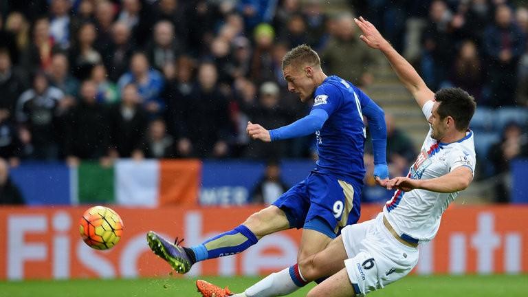 Leicester pokonuje Crystal Palace 1:0