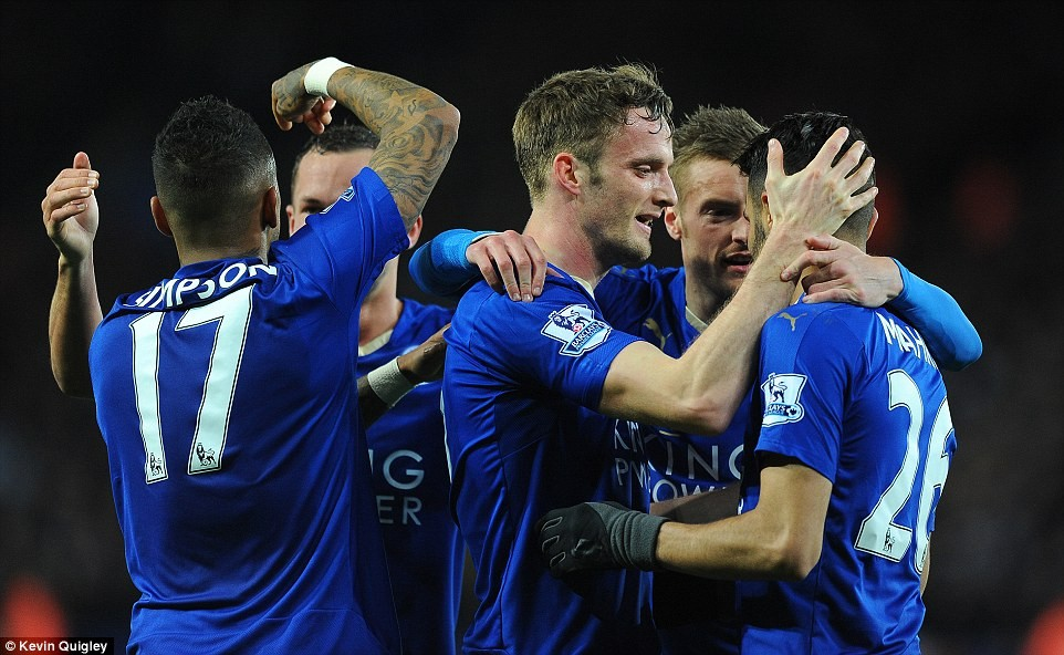 Leicester City remisuje z West Brom 2:2