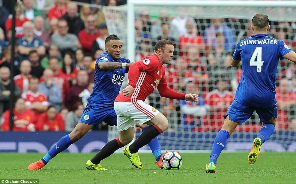 Manchester United rozbija Leicester 4:1